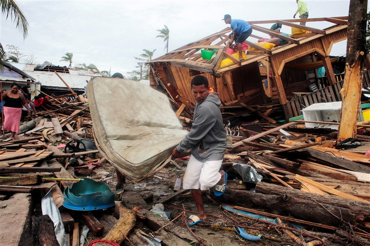Hurricane Iota leaves 30 dead and a trail of destruction