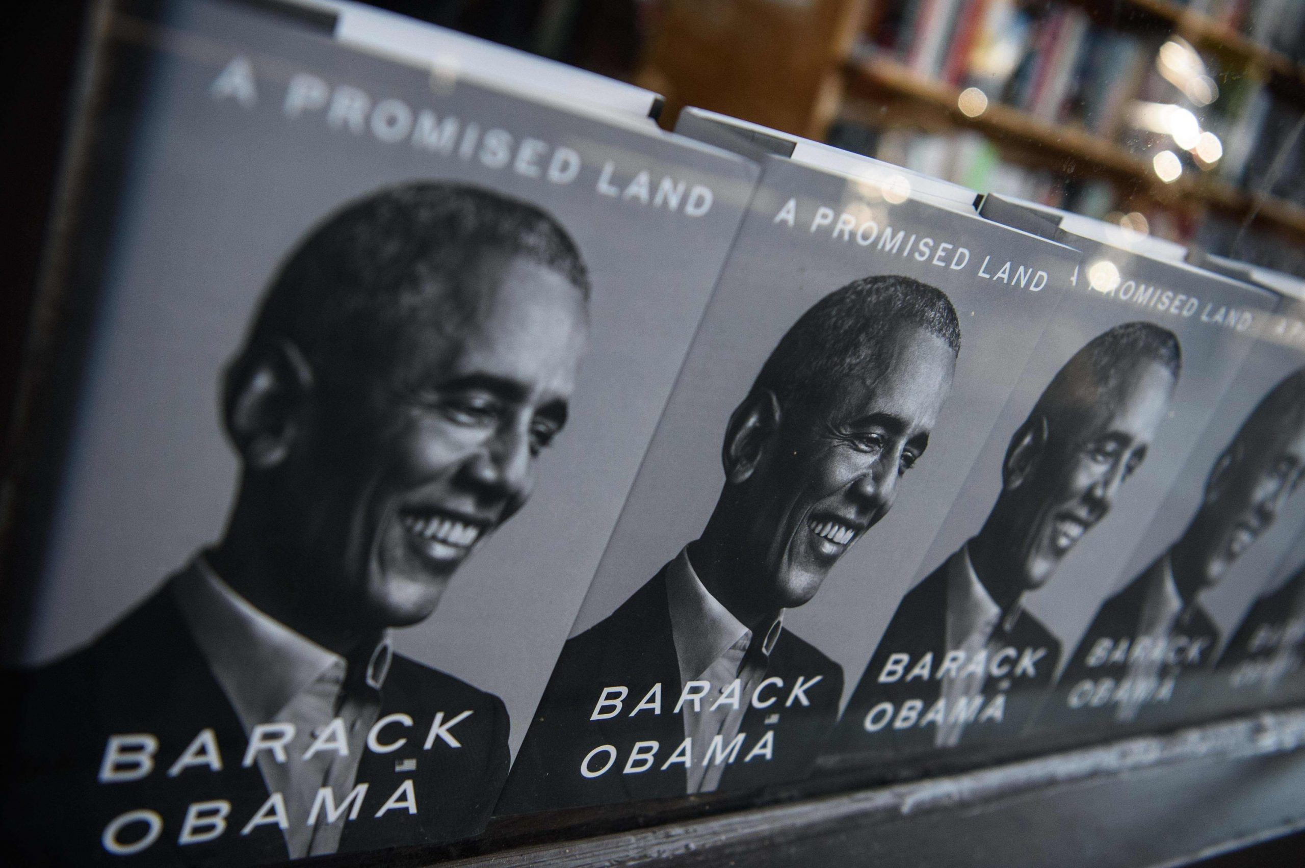 Barack Obama memoir sells record copies in its first 24 hours