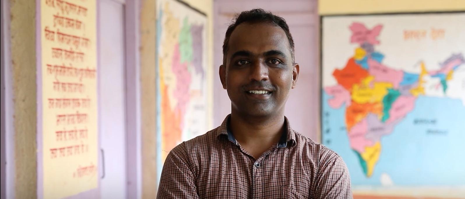 Primary School Teacher from Paritewadi in Maharashtra wins 2020 Global Teacher Prize with US $ 1 million award