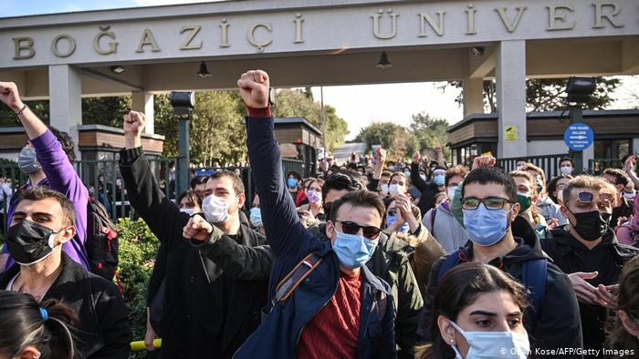 Turkey students intensify protests against Erdogan government's high-handedness, stifling of freedom of speech and expression