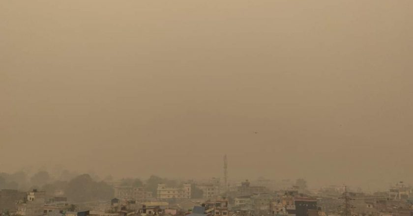 Pollution forces Nepal govt to shut schools and colleges for four days