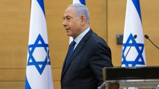 Benjamin Netanyahu accuses Facebook and Twitter of silencing right-wing supporters in Israel; Says no action was taken against left-wing activists for similar posts