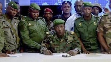 Coup d'etat in Guinea – Military detains president, dissolves government